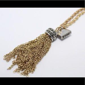 Jewelry - 🚨 5/$20 Tassel gold bracelet